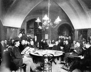 Cafe Giensteidl sometime befoe 1897. Photograph by Carl von Zamboni for he illusrated newspaper Die vornehme Welt. From collection of Vienna Museum.