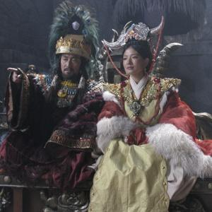 The Tibetan Gertrude and Claudius (played by Zomskyid and Dobrgyal).